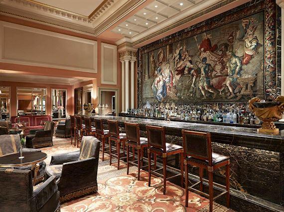 Alexander's Bar Restaurant